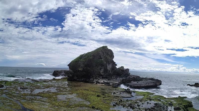 Pantai Angker Jawa Barat