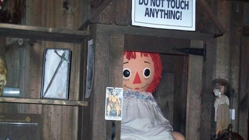 fakta boneka anabelle